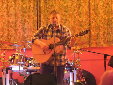 Live music from Adrian Shearing at Hollocombe Music Club
