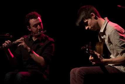 Live music from Jon Dyer and Alfie Gidley at Hollocombe Music Club